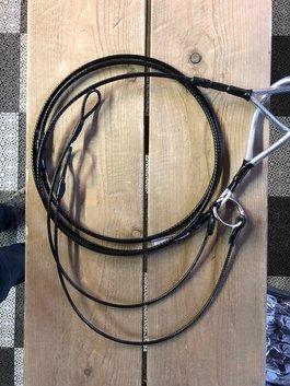 Vildmannens stamlina svart plastad 4,5/6 mm med pressade vajerbaklinor